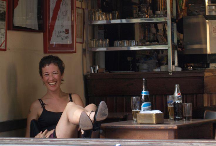 Fotografía de Leticia Fraguela en El Banderín. Bar notable de la ciudad de Buenos Aires.