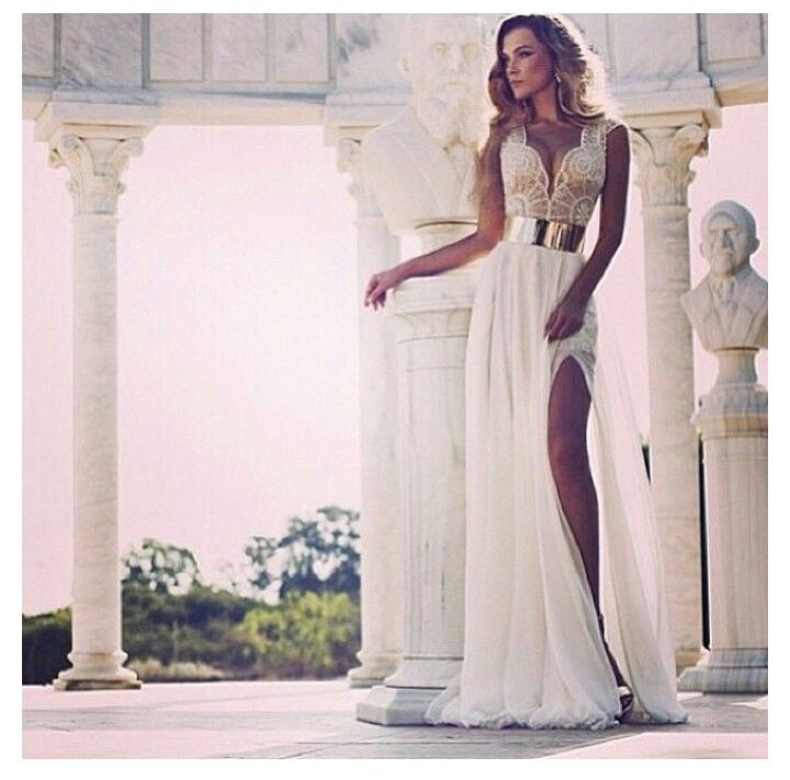 The Best Grecian Style Wedding Dresses: Greek Goddess Dress
