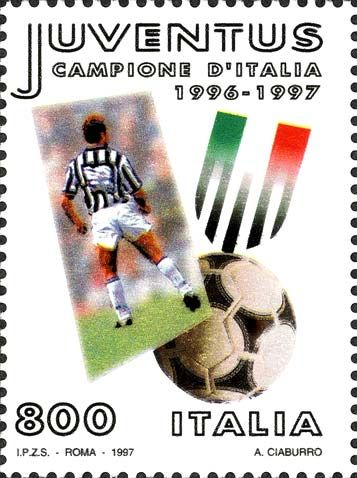 """1997 - """"Lo sport italiano"""": Juventus campione d'Italia 1996-1997 - Giocatore, scudetto della Juve e pallone"""