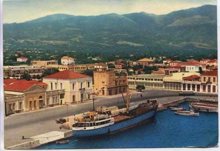 Το λιμάνι της Καλαμάτας στις αρχές της δεκαετίας του 1970 Διαβάστε το άρθρο στην ΕΛΕΥΘΕΡΙΑ http://www.eleftheriaonline.gr/polymesa/nature/item/46907-limani-kalamatas-70s