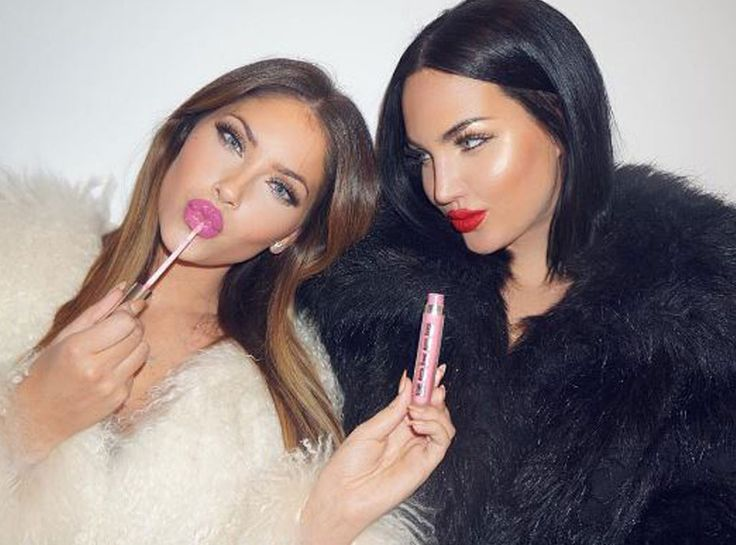 Get Natalie Halcro and Olivia Pierson's Stylish Looks From WAGS Season 2! on…
