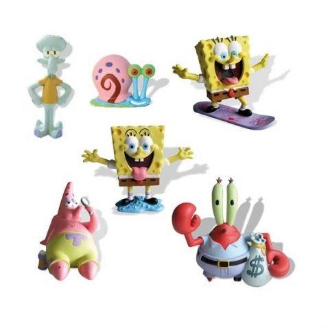 SpongeBob - Mini figurky, různé druhy. Veselé figurky ze seriálu SpongeBob. Postavy jsou schopné stát (ležet) samy o sobě, takže si je můžete vystavit, nebo si s nimi hrát, aniž byste je museli nějak podpírat. Mají hezky malované detaily a zajisté si s nimi užijete spoustu zábavy.