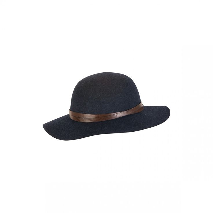 Bonpoint hat