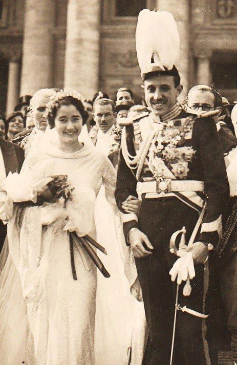 Duke Jacques Henri de Bourbon (Don Jaime) of Anjou and Segovia married 1st Emmanuelle de Dampierre at St-Ignace-de-Loyola Rome on 4 March 1935. Two children.