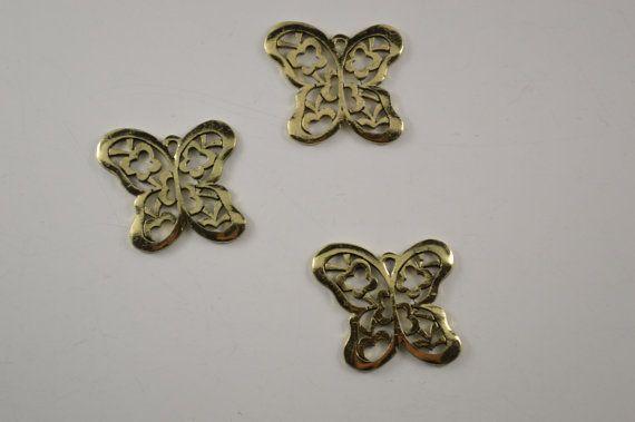 Butterfly charm 10 pcs 4.0 X 3.5 cm Antique by charmsandmetal