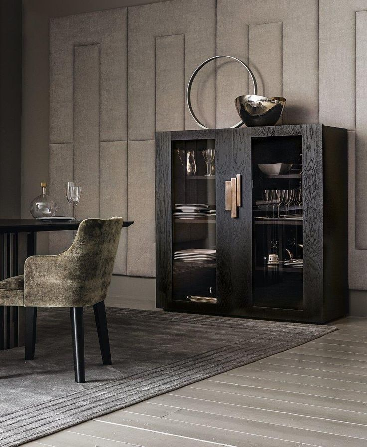 QUADRO vetrina,  cabinet with glass doors,   by Casamilano, back in bronzed mirror.