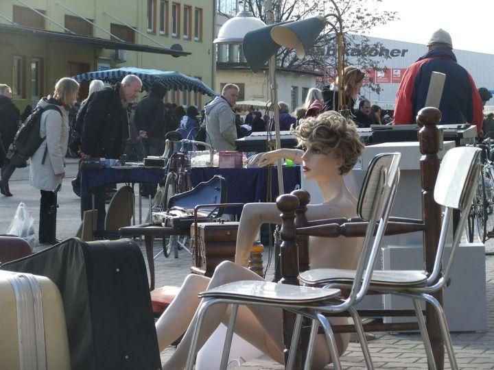 Flea Markets!!  © nomadologist Lindleystrasse Flohmark am Sonntag - Flohmarkt am Osthafen