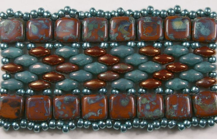 free super duo beading patterns | ... of the new Czech Tile beads with these new tapered SuperDuo beads