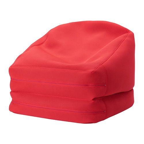 RISÖ Puf IKEA Este puf se puede utilizar de distintas formas: plegado forma un cómodo sillón o desplegado, una chaiselongue.