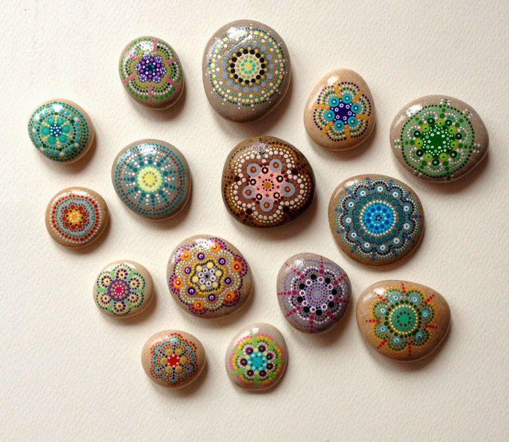 Anita Bujakowska Unicatella  Kamienie ręcznie malowane www.polandhandmade.pl #polandhandmade #paintedstone #mandala