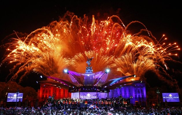 Fireworks explode over Buckingham Palace during the Diamond Jubilee concert, in London