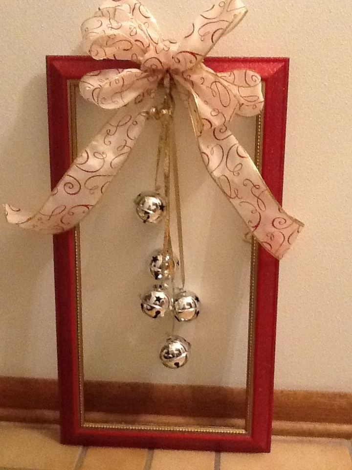 Christmas Picture Frame Wreath Easy Diy Christmas