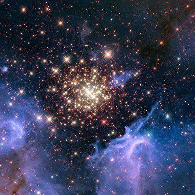 Цвета звезд соответствуют температуре их поверхности, какие звезды самые горячие? синие.