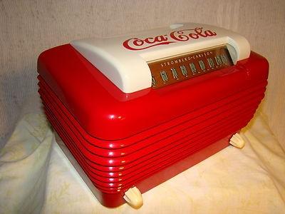 Stromberg Carlson Deco Bakelite Radio. Coca Cola Red!!!
