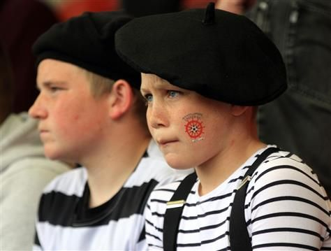Hartlepool United French Mime Artist Fancy Dress At Cheltenham