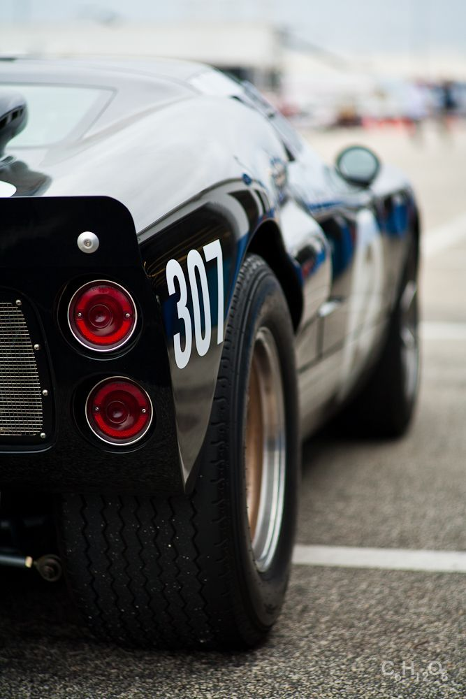 Ford GT40, beautiful Black! #fordgt