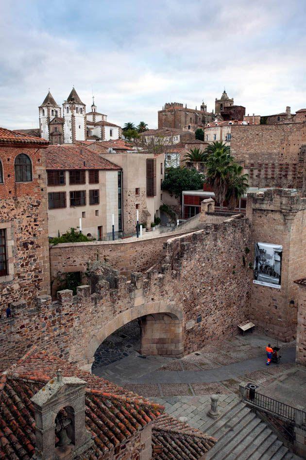 CACERES *Arco de la Estrella*. ESPAÑA. Spain