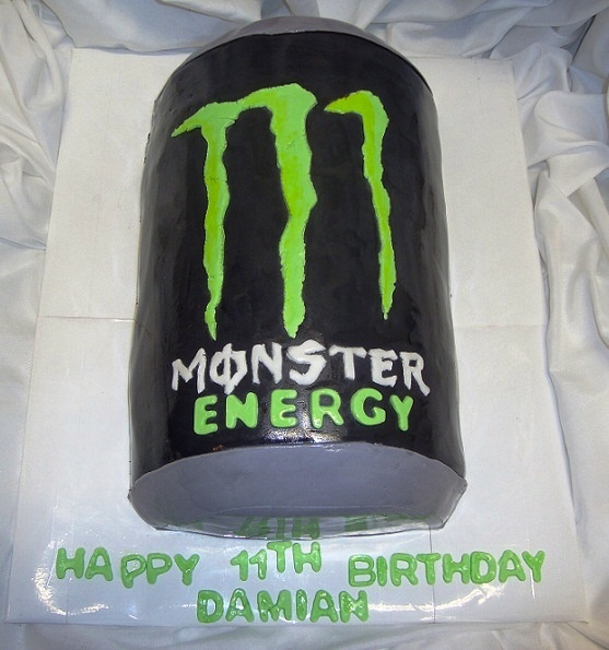 Monster Energy Drink Cake I am going to ask my Dad to get me a cake ike thisfor my birthday!!! <3 <3 <3 <3