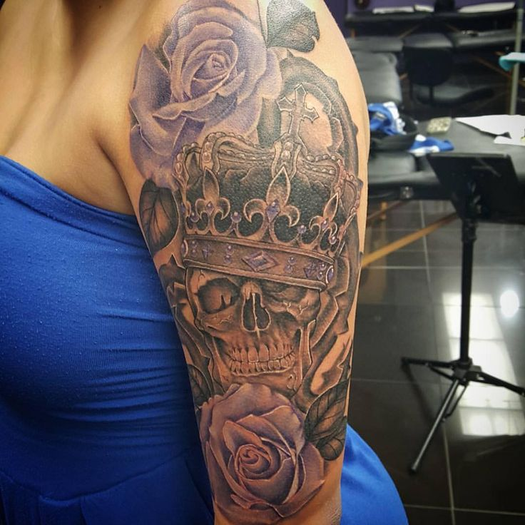 Bury my crown with me when I die... Skull & Roses Tattoo