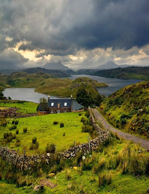 England, Lake District, cottage, Beatrice potter. By the water