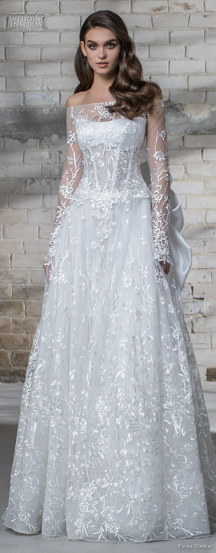 215 best pnina images on Pinterest | Wedding frocks, Homecoming ...