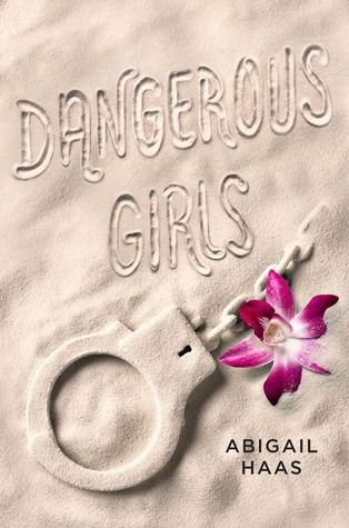 """La historia se desarrolla entorno a Anna, una estudiante de último año de secundaria, de 18 años, que está de viaje en el famoso """"spring break"""" de Estados Unidos, junto con su novio y todos sus amigos más cercanos, en Aruba. Todo es fiesta y diversión hasta que la mejor amiga de Anna, Elise, es encontrada muerta en su habitación de hotel.  #YA #Thriller #Misterio #DangerousGirls #BookAddict #Books #Libros"""