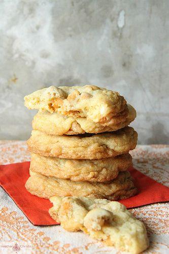 """Cashew Butterscotch Cookies"" from @Heather ChristoCashew Cookies, Sweets Treats, Food, Butterscotch Cashew, Decor Cookies, Cashew Butterscotch Cookies, Yummy Treats, Heather Christo, Butterscotch Decor"