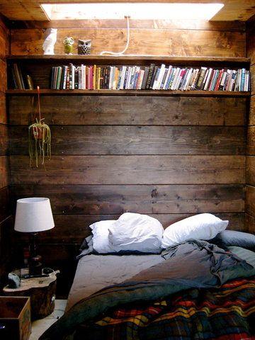 cabin fever.: Bookshelves, Rustic Bedrooms, Headboards, Books Shelves, Sky Lights, Wooden Wall, Wood Wall, Cozy Bedrooms, Cabins Bedrooms
