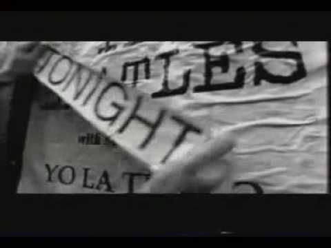 """Hear This: Yo La Tengo's """"Tom Courtenay"""" pays homage to '60s British movie stars  In     Hear This    ,  The   A.V. Club  writers sing the praises of songs they know well. This week: In honor of the Oscars, songs named after celebrities.   Yo La Tengo, """"Tom Courtenay"""" (1995)         At no point during Yo La Tengo's 1995 single """"Tom Courtenay"""" does the band sing or say the actor's name. Currently appearing in the excellent British drama  45 Years  alongside Oscar nominee Charlotte Ram.."""