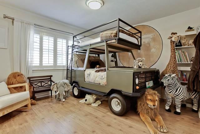 Landrover bed . . . how cool is that?!