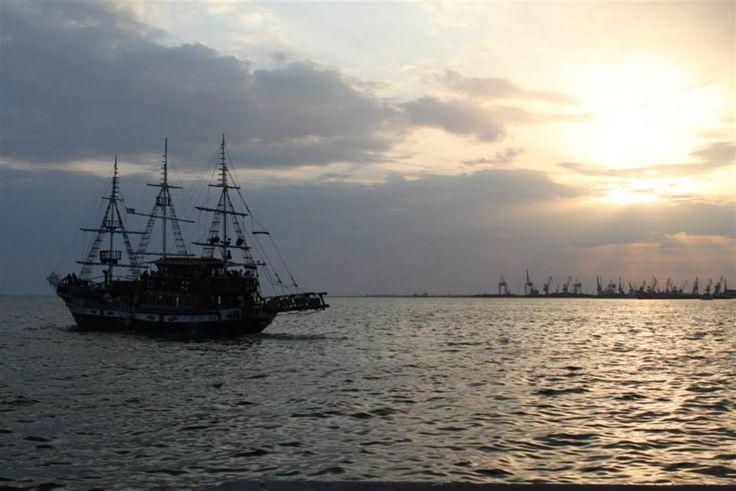#thessaloniki #greece #sea #ship * Anita Kostopoulou Photography *