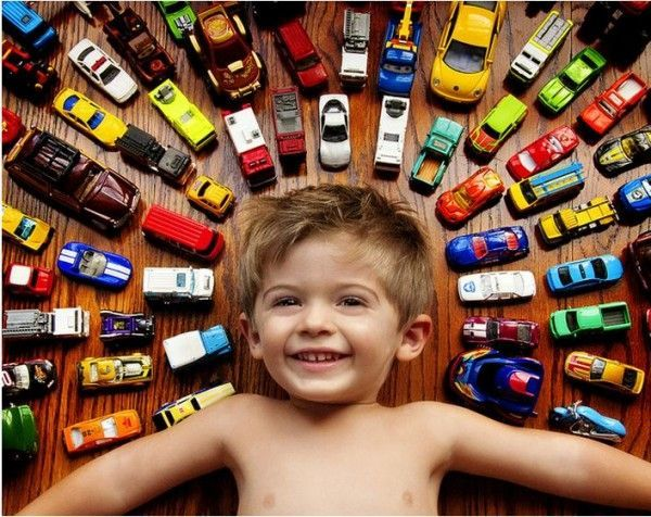 Photo ideas for boys (Love this! Wonder if mine would stay still long enough to get the shot... -BtD)