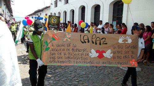 Manifestación cívica Día de La Independencia de Girón, Santander, Colombia.