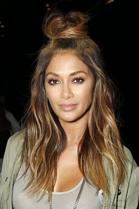 Nicole Scherzinger Looks Flawless Wearing Her Hair In The Hun At NYFW, 2015