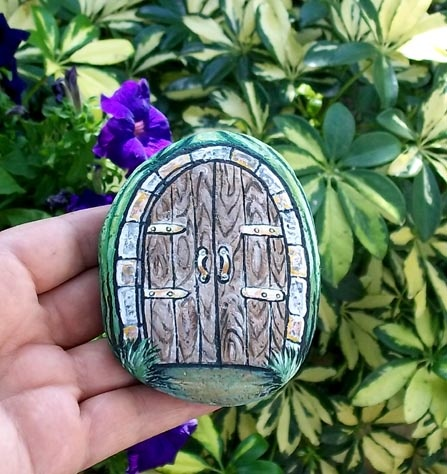 Fairy door rock art usa for Painted fairy doors