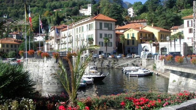 イタリア・コモ湖のほとりにある美しい街のひとつ、メナジオ