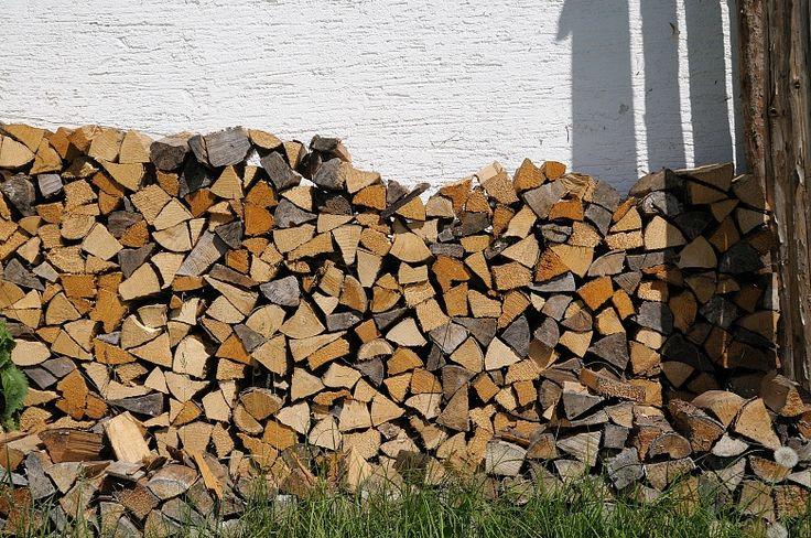 Holz vor der Hütte #wallpaper