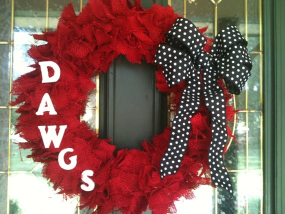 Im making this today!  University of Georgia Wreath