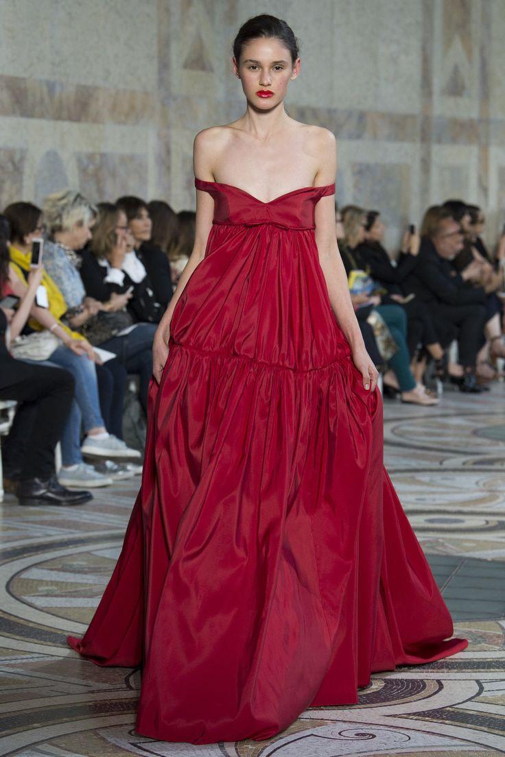 Giambattista Valli Fall 2017 Couture Collection Photos - Vogue