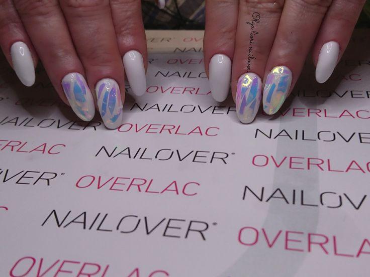 White nails glass effect