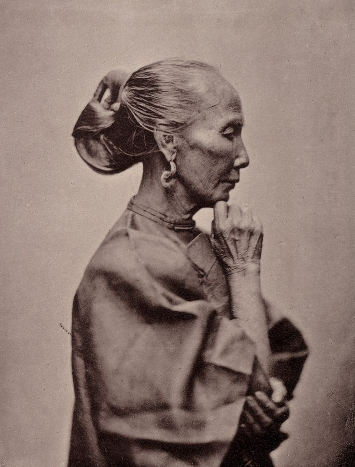 Chinese Woman of the Labouring Class, by John Thomson c.1874 - what a stunning profile!