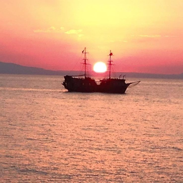 #Pearlhotels Top Guest Photo of the Week contest. Week to 5/7/2015. Christina Eule - Untitled (Sunset in Rethymno). https://www.facebook.com/SentidoPearlBeach/photos/pcb.849163391797989/849162321798096/?type=1