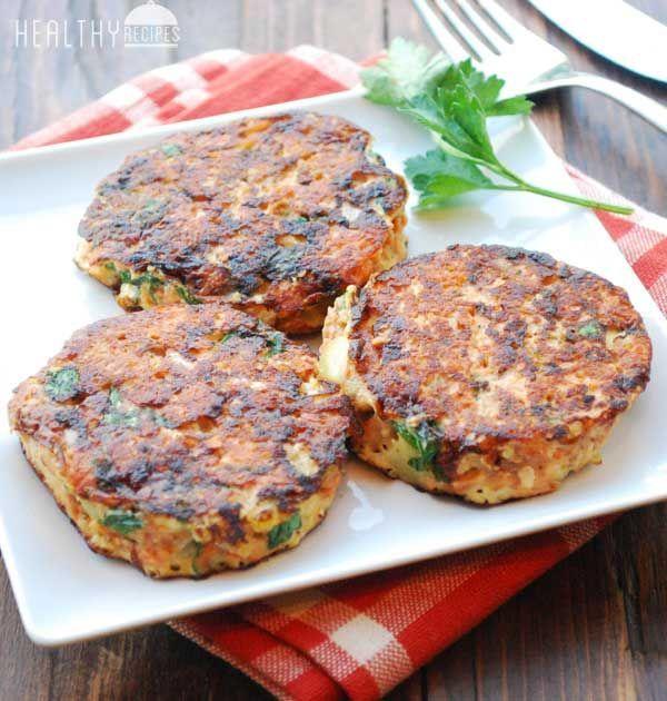 Salmon Cakes | Healthy Recipes Blog #salmon #healthy