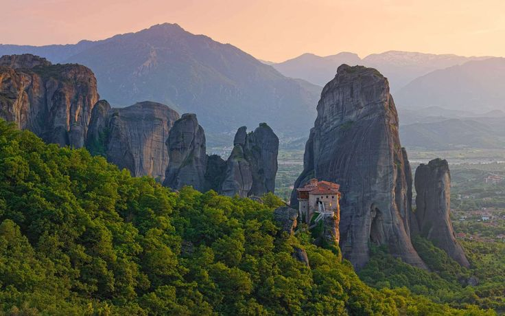 The gigantic rocks of Meteora are perched above the town of Kalambaka, at a maximum height… https://mygreekfriend.travel/en/blog/article12