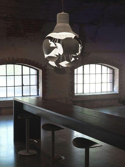 nowatorska lampa