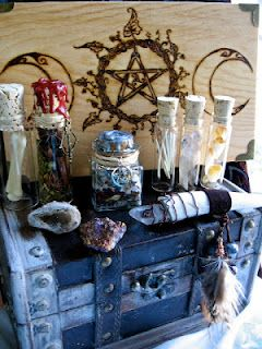Tutorials for those witchy crafts we all want to make