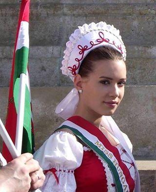 magyar színekben