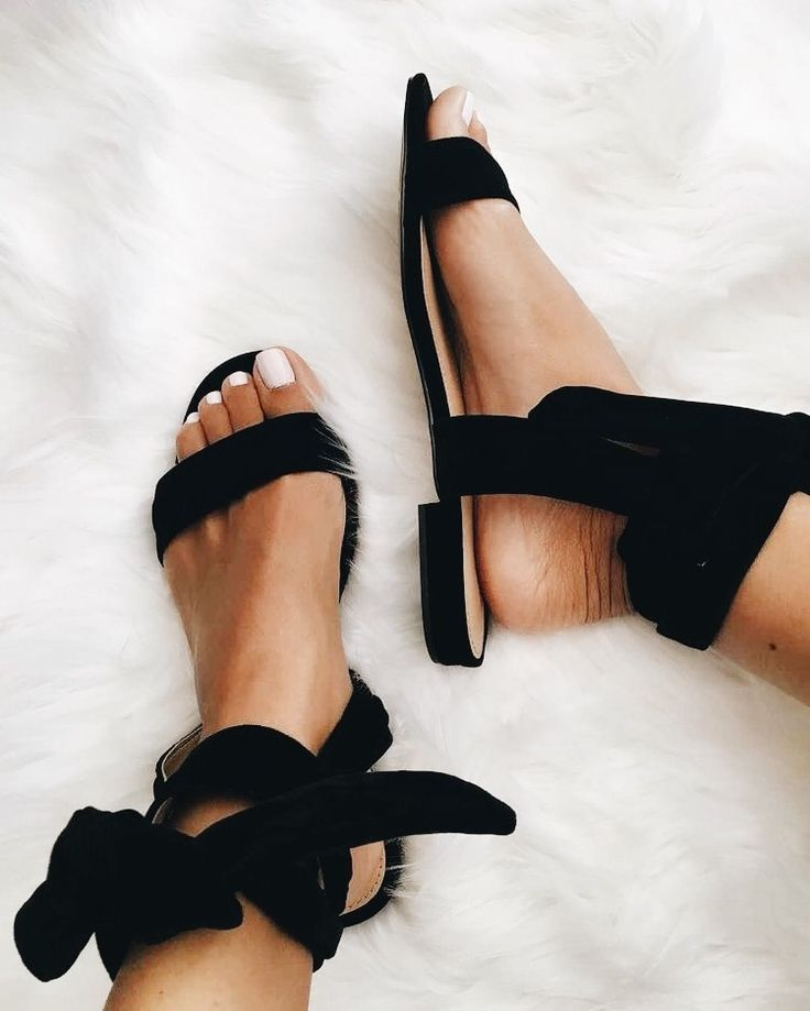 8f0165300caa2 black bow tie sandals | Shoe Craving in 2019 | Shoes, Crazy shoes ...
