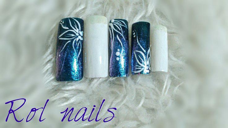 holo  nail art blue