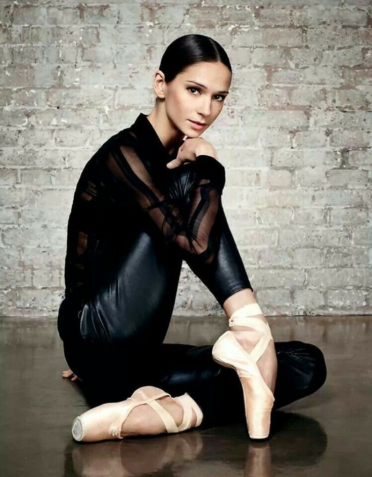 Polina Semionova... is such an amazing dancer!